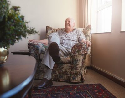 Benefits of Living at Home for Seniors in Tampa Bay, FL
