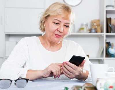 Useful Apps for Seniors with Dementia in Tampa Bay, FL