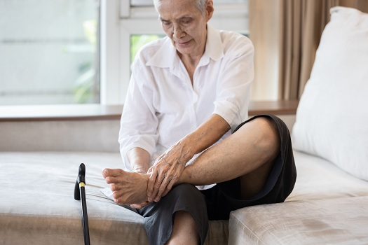 Importance of Regular Foot Care for Aging Adults in Tampa Bay, FL