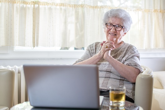 How Can You Be a More Effective Long-Distance Family Caregiver in Tampa Bay, FL