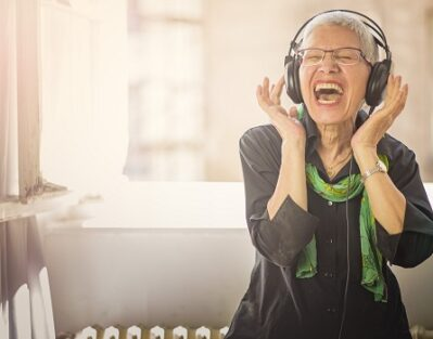 Can Music Be Beneficial for Seniors with Alzheimer's in Tampa Bay, FL