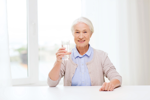 How to Tell If Your Aging Loved One Is Dehydrated in Tampa Bay, FL